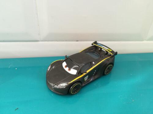 18.11.25.6 voiture en métal  lewis hamilton Cars Disney Pixar