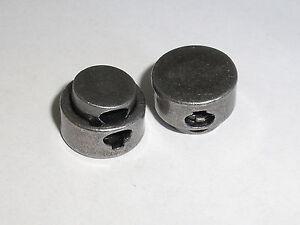 2-Stueck-Kordelstopper-Stopper-mit-Feder-Metall-stahl-NEUWARE-rostfrei-0050-1
