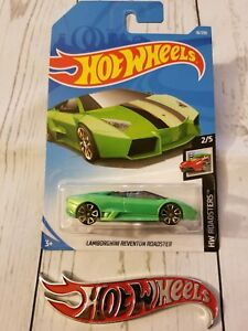 Hot Wheels 2019 HW Roadsters #18 Lamborghini Reventon Roadster Green
