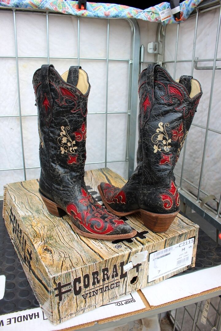 38-17 New  Corral Vintage Lizard Overlay Ladies 7M western boots was 299.00