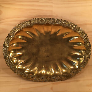 ORNATE-FLOWERS-034-Antique-Gold-034-Large-Vintage-Brass-Serving-Tray-Metal-Platter