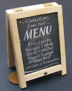 Échelle 1:12 le pub Signe Maison de Poupées Miniature Bar Inn Accessoire