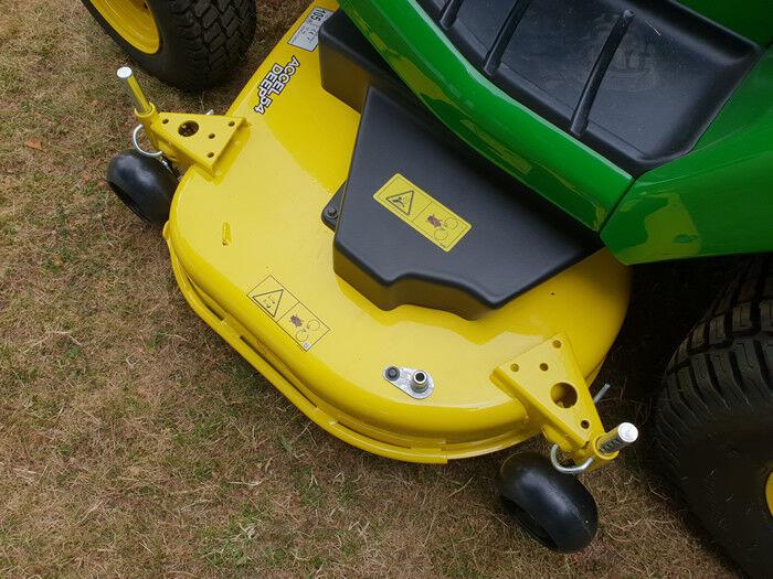 John Deere X590 Petrol Garden Tractor with 54