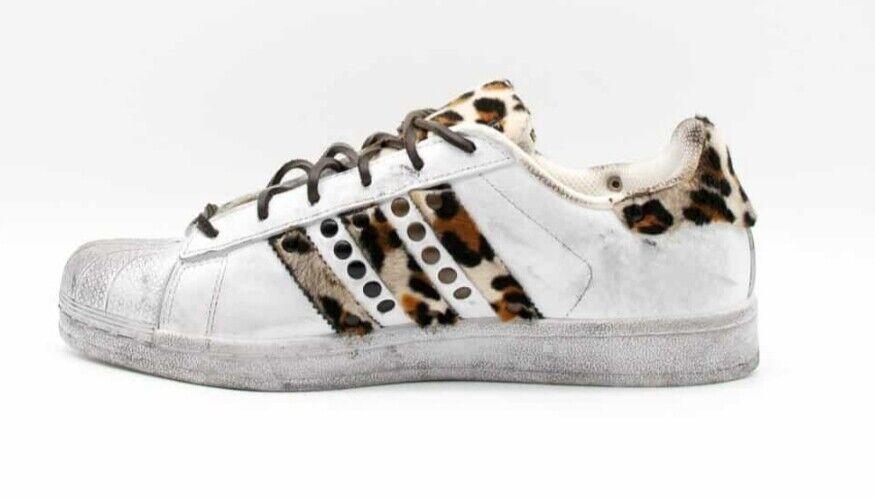 Schuhe Adidas Superstar mit Pony Getupft und Stachel und Leicht Schmutzig