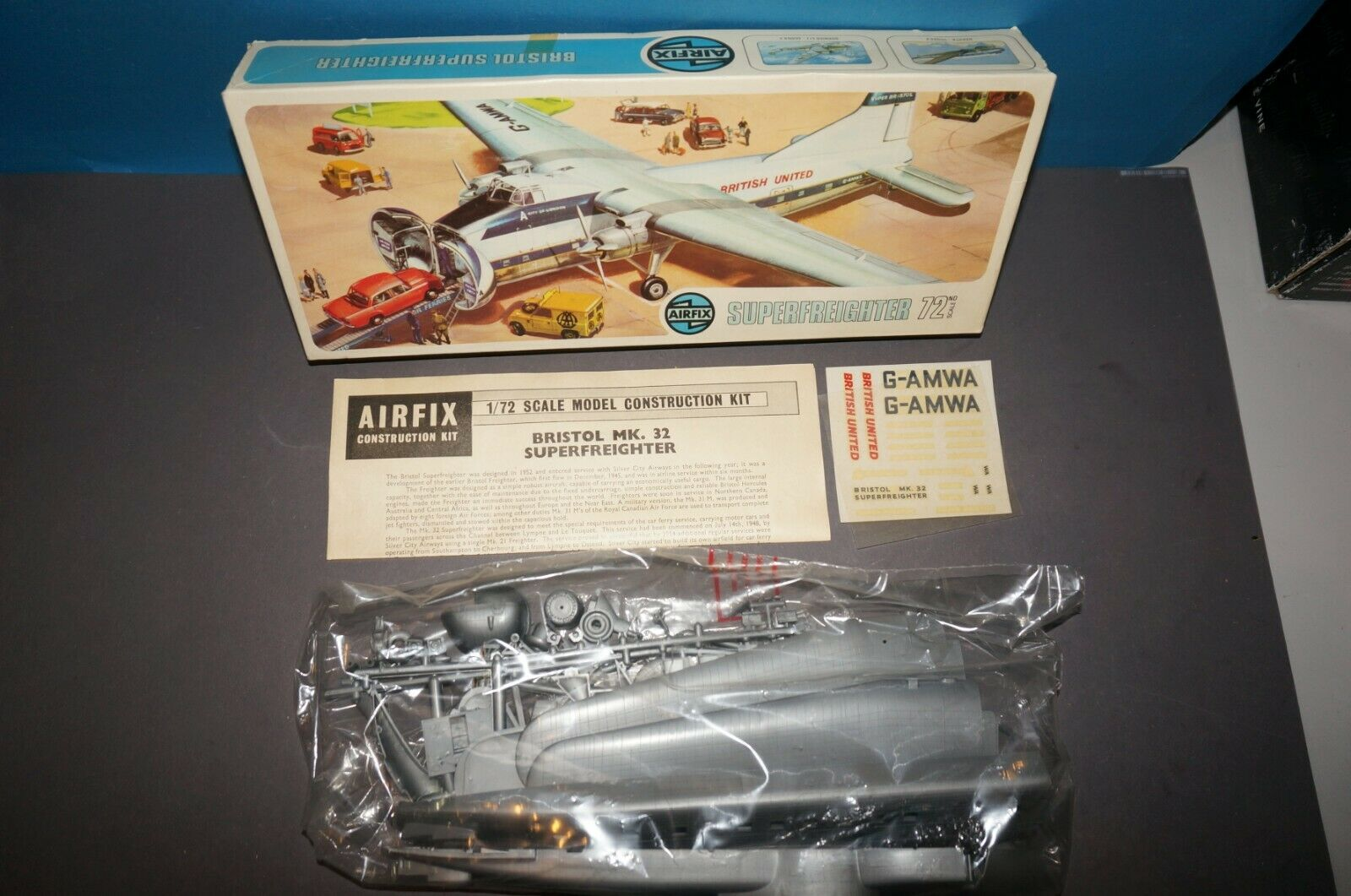Rf C] airfix 05002-1 - Bristol mk 32 superfreighter - 1 72 - aircraft kit