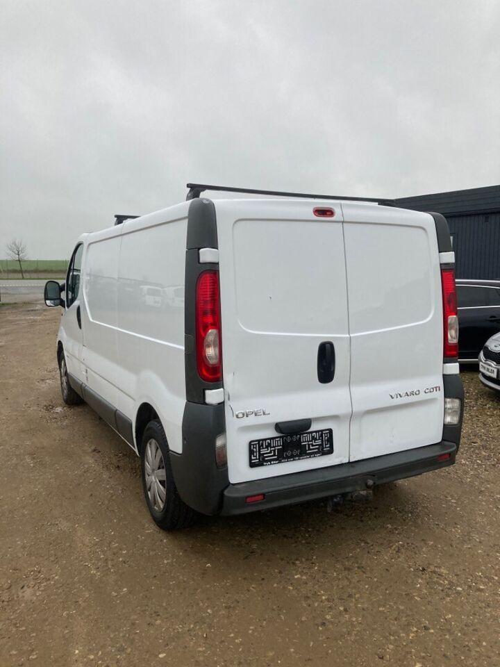 Opel Vivaro 2,0 CDTi 114 Van L2H1 Diesel modelår 2012 km