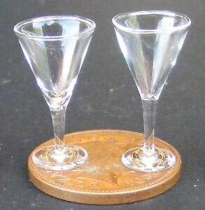 Bien Échelle 1:12 2 Vin Clair Lunettes Tumdee Maison De Poupées Miniature Accessoire Gla16-afficher Le Titre D'origine