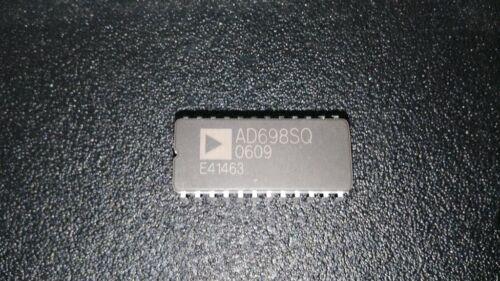 ADI AD698SQ Universal LVDT Signal Conditioner CDIP24 X 1PC