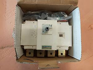 Hager-HA458-Sezionatore-comando-rotativo-4-X-630A
