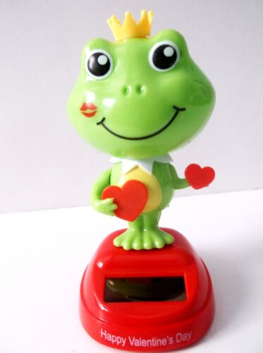 Solar Powered Dancing Prince Frog Bobble Head Holding Two Hearts