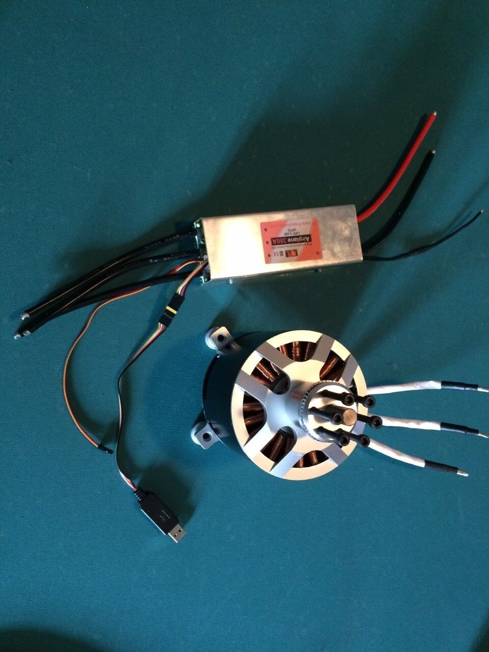 120100 brushless  outcorrerener electric motor 50KV with 22s 380A ESC  Negozio 2018