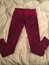 Fabletics Reversible Salar Leggings Yoga Gym Pants Black Plum Geo Chevron XS NWT