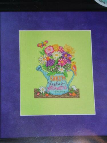 """ZWEIGART ARTISTE Mini Counted Cross Stitch Kit EARTH LAUGHS IN FLOWERS 5/"""" x 6/"""""""