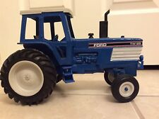 Die-Cast Ford TW-25 Collectible Tractor