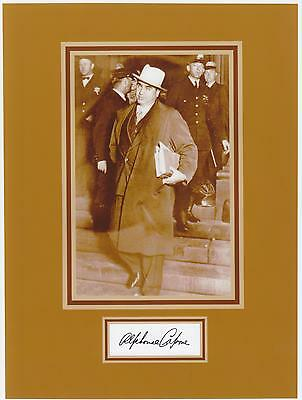 Mobs, Gangsters & Criminals Al Capone 8 By 10 Reprint Photo & Reprint Autograph On Glossy Photo Paper