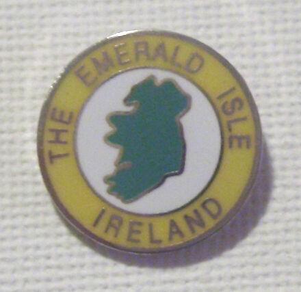 IRELAND THE EMERALD ISLE HARD ENAMEL LAPEL BADGE