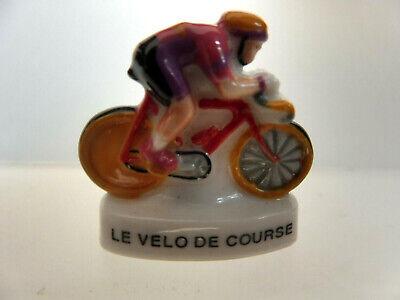 RARE VELO BICYCLETTE LE VELOCIPEDE 1861 FEVE PORCELAINE 3D 1//160