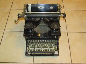 RARE Royal Model 10 Typewriter X 1333422 Beveled Glass Green Keys