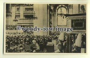 r0375-King-George-V-with-Queen-Mary-in-St-Pauls-Silver-Jubilee-postcard