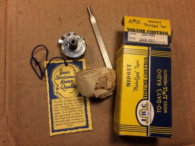 NOS NIB Vintage 1950s IRC 250k ohm Guitar Amp Audio Potentiometer D13-130