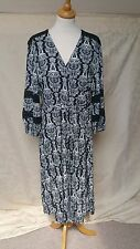 BNWT DESIGNER LAURA ASHLEY BEAUTIFUL B&W DRESS SIZE 18 RRP £85