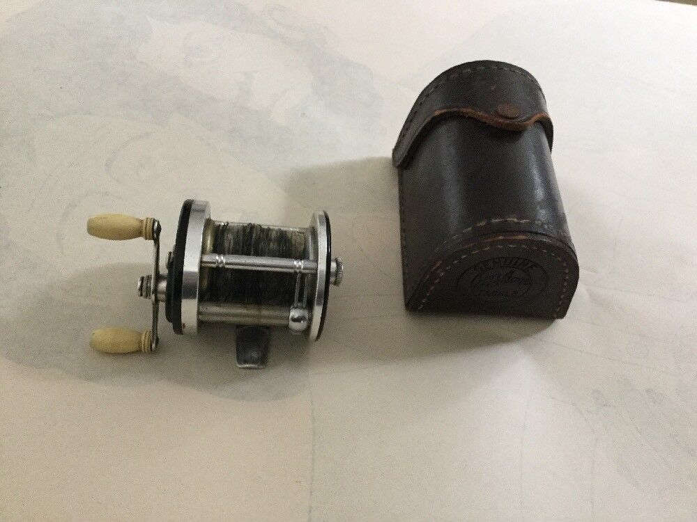 JA COXE CoroNET 25 Casting Reel With FACTORY Leather Case