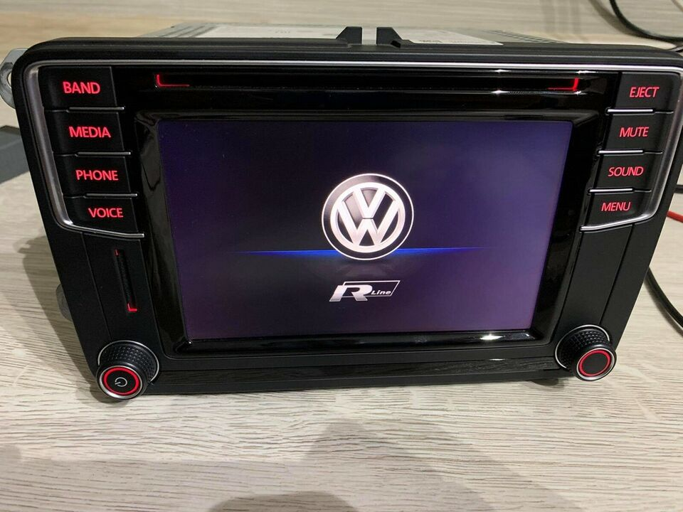 Multimedia system, VW Discover mib2 composision media