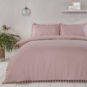 Pom-Pom-Bedding-Luxury-Duvet-Cover-and-Pillowcase-Set