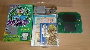 Console-Pokemon-Green-Nintendo-2DS-Limited-Edition-Pack-tres-bon-etat