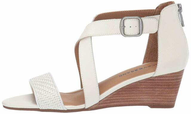 Lucky Brand Womens Jenley2 Leather Peep Toe Casual Ankle Strap, Milk, Size 10.0
