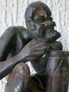Un antico Polinesiano intagliati a mano legno duro Figurina Arte Tribale/Statua