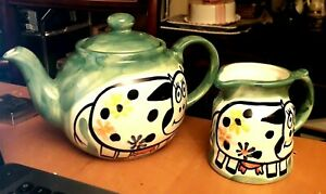 Novelty-Vintage-80s-Cow-Themed-Studio-Pottery-Green-2-Pint-Teapot-amp-Creamer-Jug