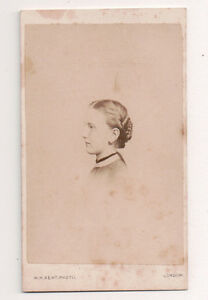 Vintage-CDV-Unknown-Young-Girl-W-H-Kent-Photo-London-England