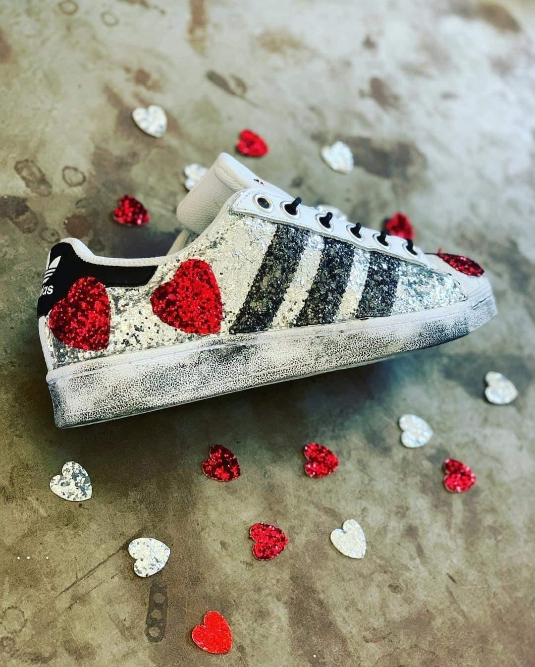 shoes adidas super star con glitter silver e grey e red