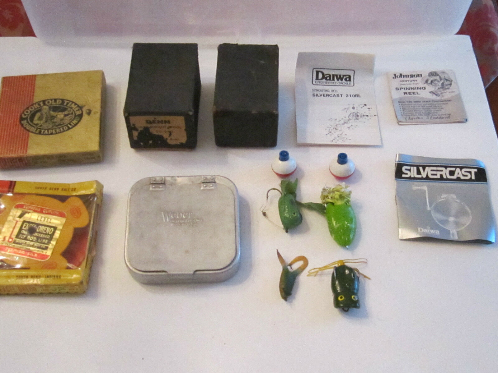 LARGE LOT OF VINTAGE FISHING GEAR - LURES & MORE -   TUB E