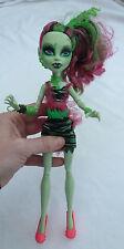Poupee Doll MONSTER HIGH Venus McFlytrap ghoul zombie shake Mattel