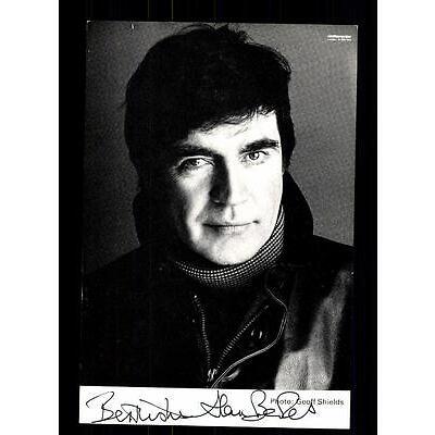 Alan Bates Autogrammkarte Original Signiert # BC 71303