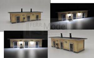 FERRMODEL-367-Edificio-di-servizio-FS-illuminato-Scala-H0-1-87