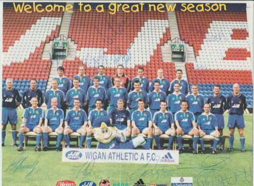WIGAN ATHLETIC 20002001 ORIGINAL HAND SIGNED TEAM GROUP WITH 17 X SIGNATURES