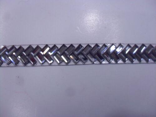 PASSAMANERIA ELEGANTE IN PIETRE TERMOADESIVA H 8 mm.TAGLIO DA 50 cm.
