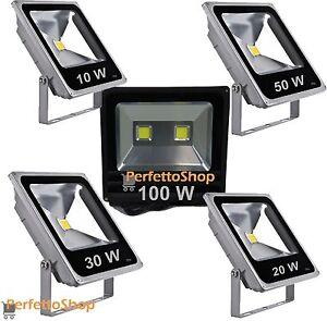 Faro-a-led-da-esterno-slim-Faretto-sottile-IP-65-10-W-20W-30W-50-100-WATT-luce