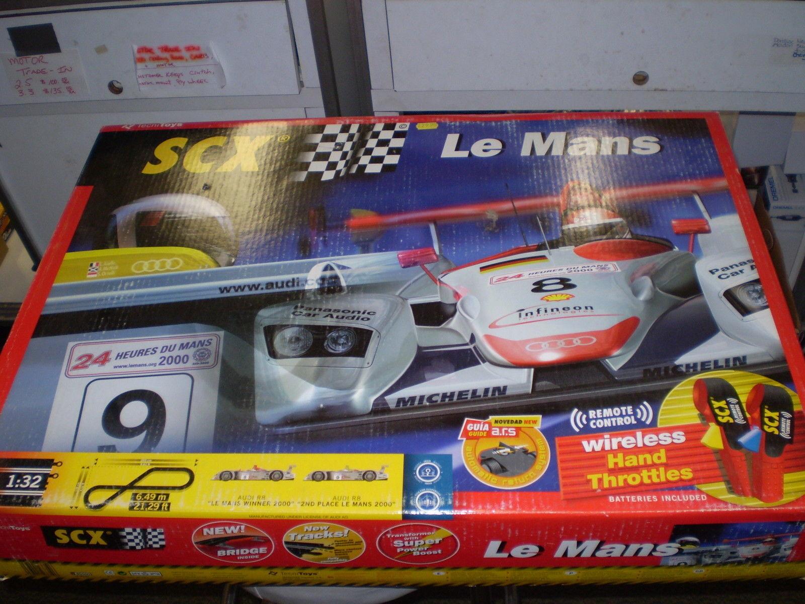 Edición Limitada Mans 1 32 Slot Car Set con Audi R8 2000 Le Mans SCX TECNITOYS SCALEXTRIC NUEVO