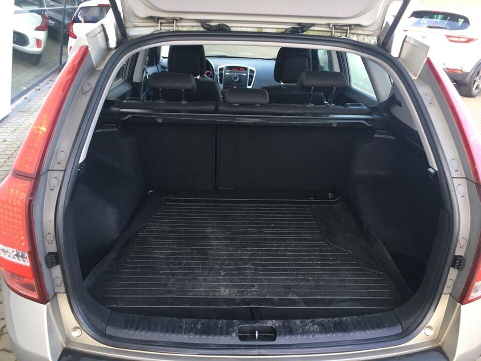 Kia Ceed 1,6 CRDi 115 Active SW Diesel modelår 2011 km 184000