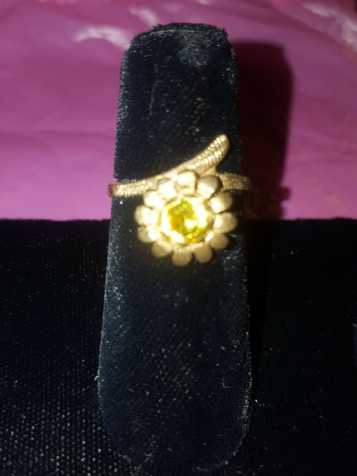 10k solid gold Ring with Citrine Gemstone