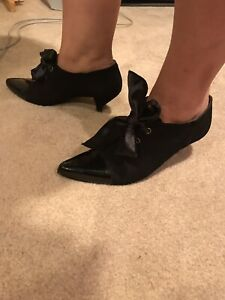 Kenneth-Cole-Black-Suede-Patent-Leather-Heels-Dress-Shoes-Women-s-Size-9-5-B