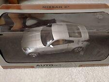 Autoart 2002 Nissan 350Z 1/18 left hand drive Diamond Silver