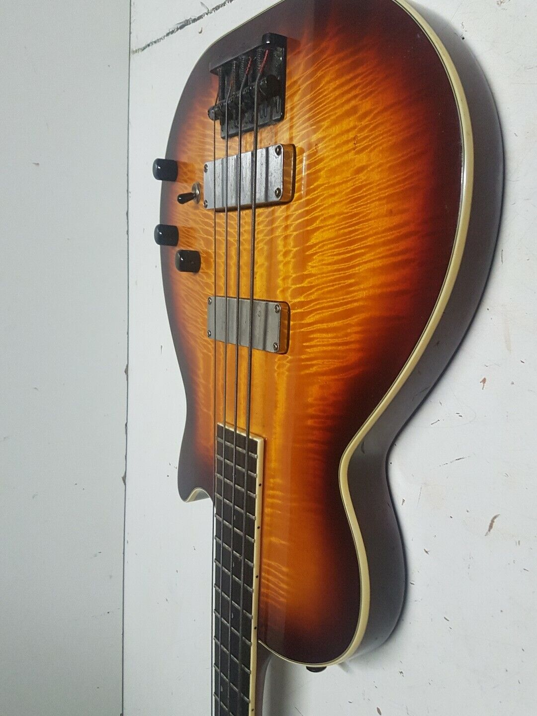 90's WASHBURN FLAMED MAPLE TOP BASS - active
