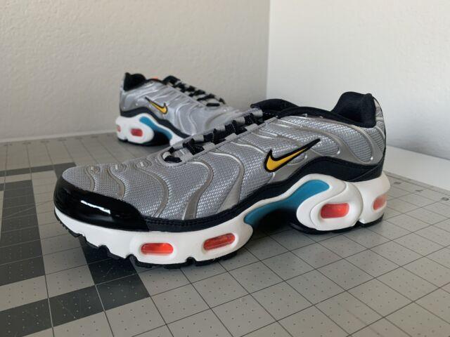 Nike Size 7y WMNS 8.5 GS Air Max Plus Metallic Silver/speed Yellow ...