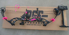 """NEW  PSE STINGER X SKULLWORKS 2 CAMO 50lb 50# BOW 21-30"""" RH PINK KIT PACKAGE"""