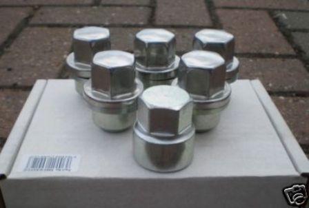 Land Rover  Defender 90 110 Locking Wheel Nuts BA018c